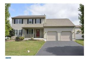 4121 Steeple Chase Dr, Reading, PA 19606