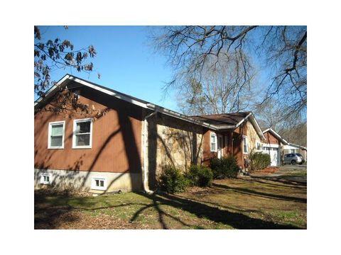 148 Walker Hill Cir Nw, Cartersville, GA 30121