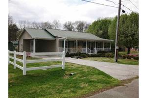 381 7th Ave, Dayton, TN 37321
