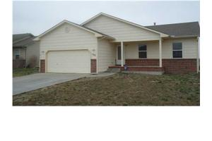 544 S Longbranch Dr, Maize, KS 67101