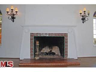8237 Roxbury Rd Los Angeles Ca 90069 Realtor Com 174