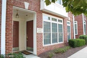4661 Eggleston Ter # 341, Fairfax, VA 22030