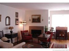 83 Harbour Close, New Haven, CT 06519
