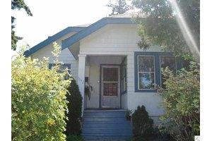 1612 Waverly Ave, Duluth, MN 55803