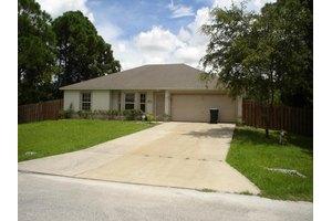 1353 Ran Rd SE, Palm Bay, FL 32909
