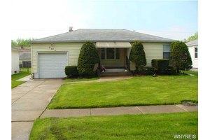 236 Homewood Ave, Tonawanda, NY 14217