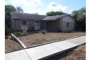 4905 Brookhead Ln, Cibolo, TX 78108
