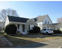 113 4Th Ave, Lowell, MA 01854