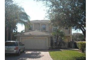5302 Victoria Cir, West Palm Beach, FL 33409