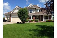1006 Ne Fountain View Dr, Ankeny, IA 50021
