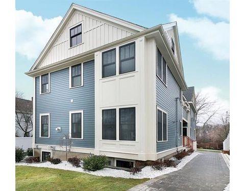 49 Cottage St Unit 2, Newton, MA 02464