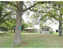 520 Clem Ln, Brenham, TX 77833