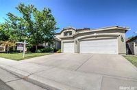 9461 Chicory Field Way, Elk Grove, CA 95624