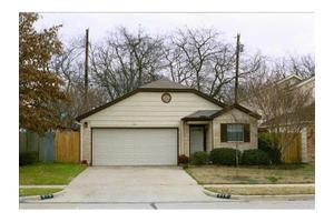 310 Crystal Ct, Irving, TX 75060