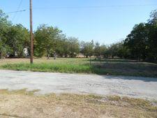 902 Se 2nd St, Mineral Wells, TX 76067