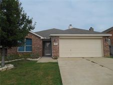 3921 Big Thicket Dr, Fort Worth, TX 76244