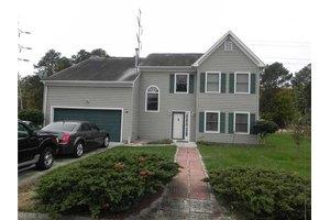 10 Post Oak Ct, Hampton, VA 23666
