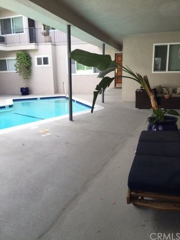 1117 Pacific Ave Unit 5, Manhattan Beach, CA 90266