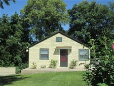 2901 S 10th St, Kansas City, KS 66103