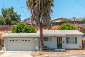 2562 Calle Tres Lomas, San Diego, CA 92139