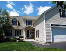 21 Hollyhock Ave, Nashua, NH 03062
