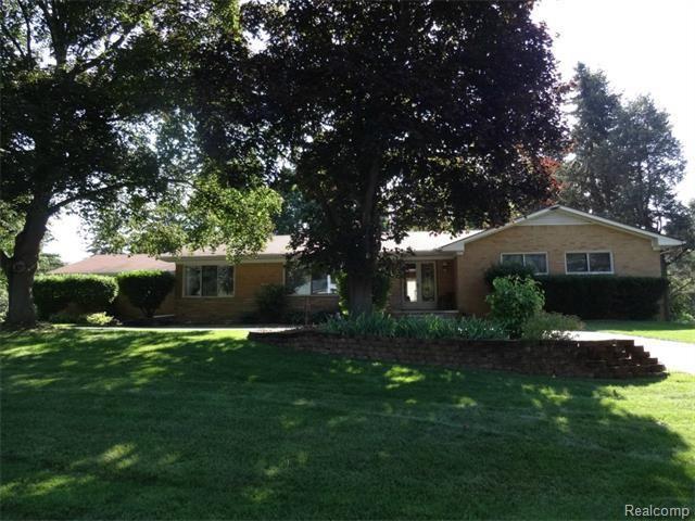 21136 lujon dr farmington hills mi 48335 home for sale