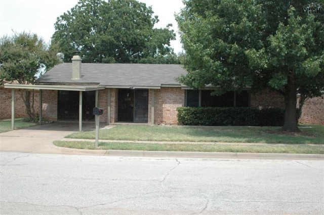 216 dirks dr wichita falls tx 76302 home for sale and for Home builders wichita falls tx