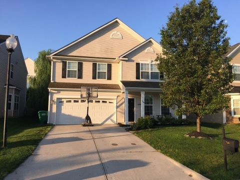 709 Spinning Wheel Pt, High Point, NC 27265