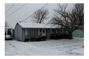2211 Glendale Ave, Erie, PA 16510