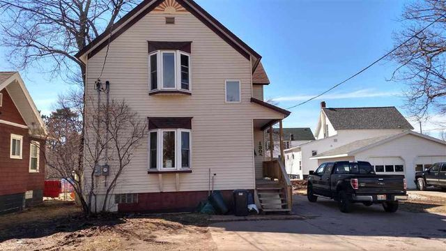 1305 russell st marquette mi 49855 home for sale and real estate listing