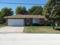 206 East St, Donnellson, IA 52625