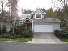 2160 Timberline Dr, Coos Bay, OR 97420