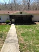 1020 Hopewood Ln, Chapmansboro, TN 37035