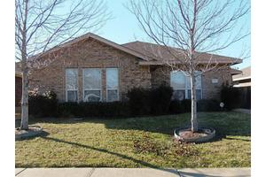 705 Horseshoe Ct, Desoto, TX 75115