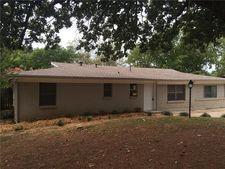 105 S Hickory Ave, Denison, TX 75020