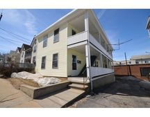 12 Pine St Unit 1R, Southbridge, MA 01550