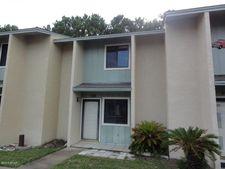 182 Robin Ln, Panama City Beach, FL 32407