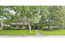 3815 Royal Ln, Dallas, TX 75229