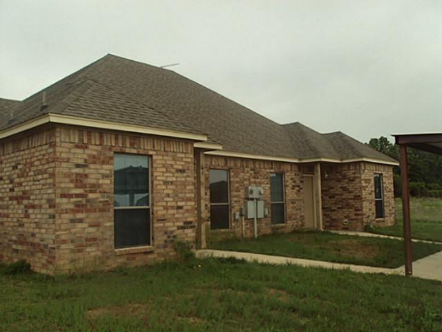 140-2 Lindas Creek Ln Weatherford, TX 76088