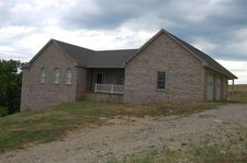 395 Doe Run Ln, Winchester, KY 40391