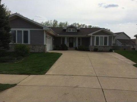 10919 N Highcrest Ln, Dunlap, IL 61525