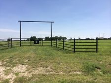 6380 Veal Station Rd, Weatherford, TX 76085