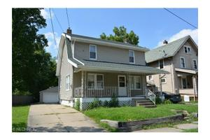 1094 Herberich Ave, Akron, OH 44301