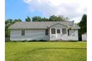 416 Douglas St, Jonesboro, IN 46938