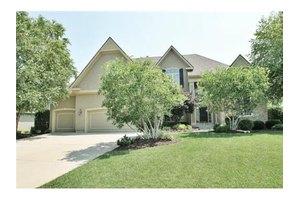 14643 Grant Ln, Overland Park, KS 66221