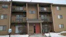 645 Virginia Rd Apt 322, Crystal Lake, IL 60014