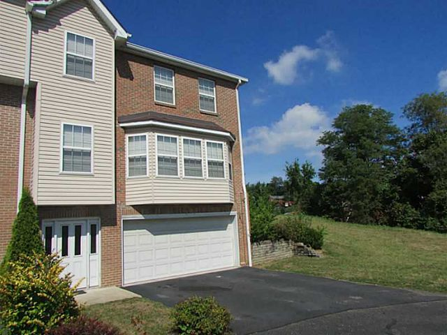 ... Patio Homes For Sale In Pittsburgh Pa By 1105 Wingate Dr Robinson  Township Nwa Pa 15205 ...
