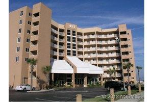 421 S Atlantic Ave # 205, New Smyrna Beach, FL 32169