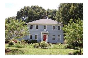 4632 Shiloh Hills Dr, Snellville, GA 30039