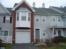 503 Amberleigh Dr, Pennington, NJ 08534